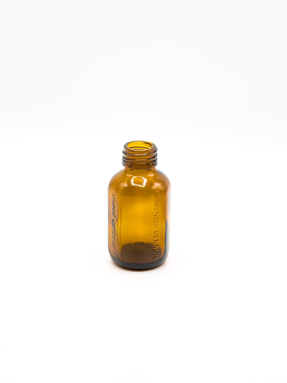 fles bruin glas model UITWENDIG GEBRUIK PP28 100 ml ZONDER DOP / 64 stuks